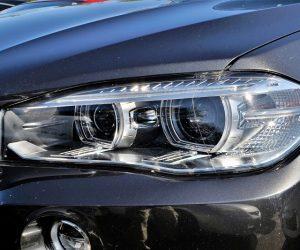 Twój najlepszy przewodnik po reflektorach samochodowych