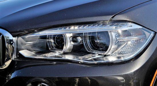 Reflektory halogenowe na samochód